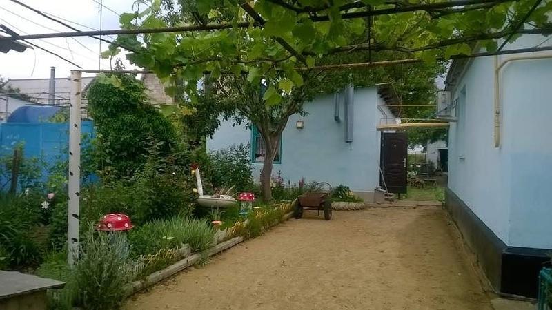 Продам часть дома по адресу Россия, Краснодарский край, Темрюкский район, Приазовский, Комарова ул. фото 1 по выгодной цене