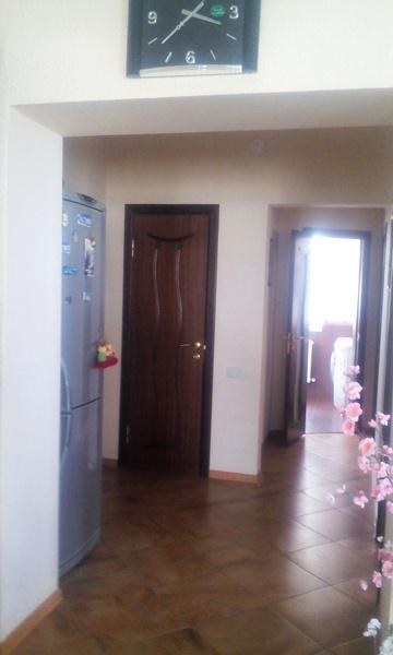 Продам 2-комн. квартиру по адресу Россия, Краснодарский край, Геленджик, Озерная ул., 40 фото 2 по выгодной цене