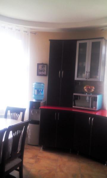 Продам 2-комн. квартиру по адресу Россия, Краснодарский край, Геленджик, Озерная ул., 40 фото 0 по выгодной цене